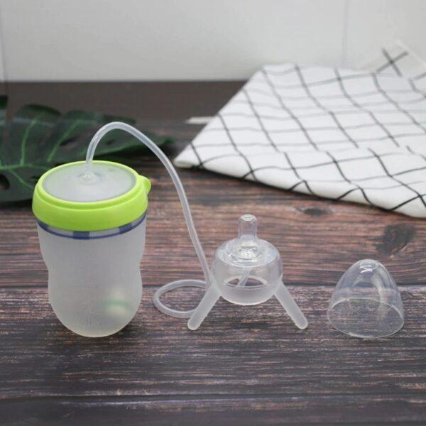 מתקן האכלה אוטומטי לתינוק שהופך לבקבוק