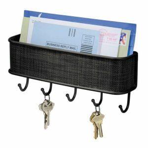 מתקן תלייה למפתחות ודואר