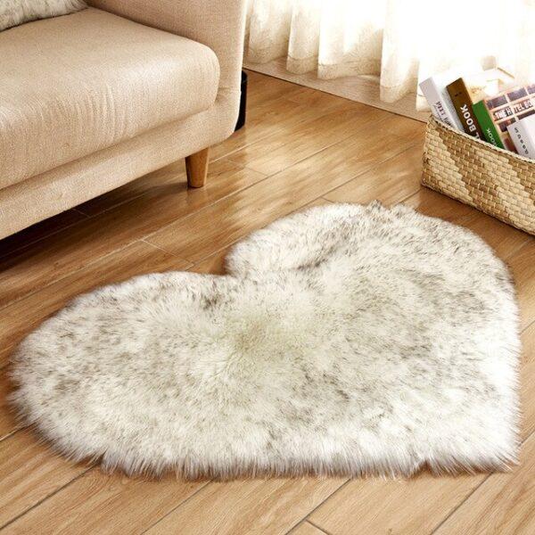 שטיחון לב דקורטיבי