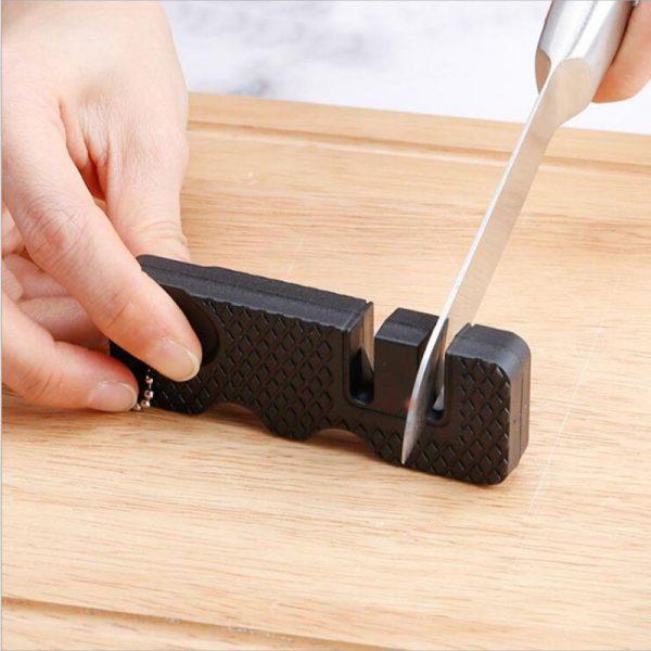 משחיז סכינים קומפקטי נייד